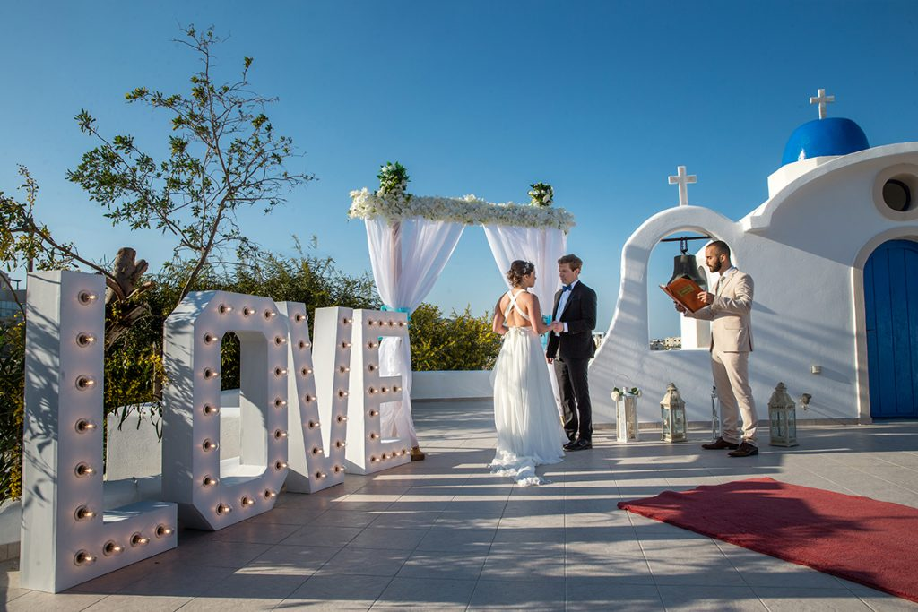 Santorini All inclusive wedding packages with accommodation